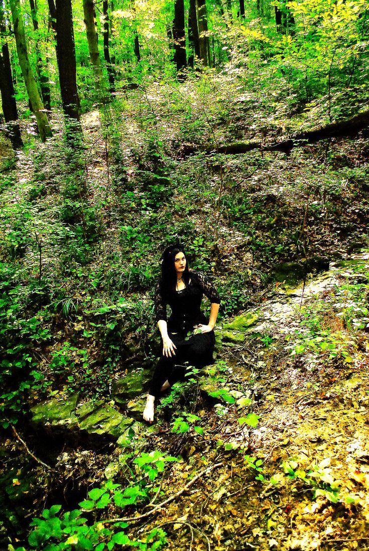 ♥ #goth   #gothic   #gothicgirl   #forest   #corset