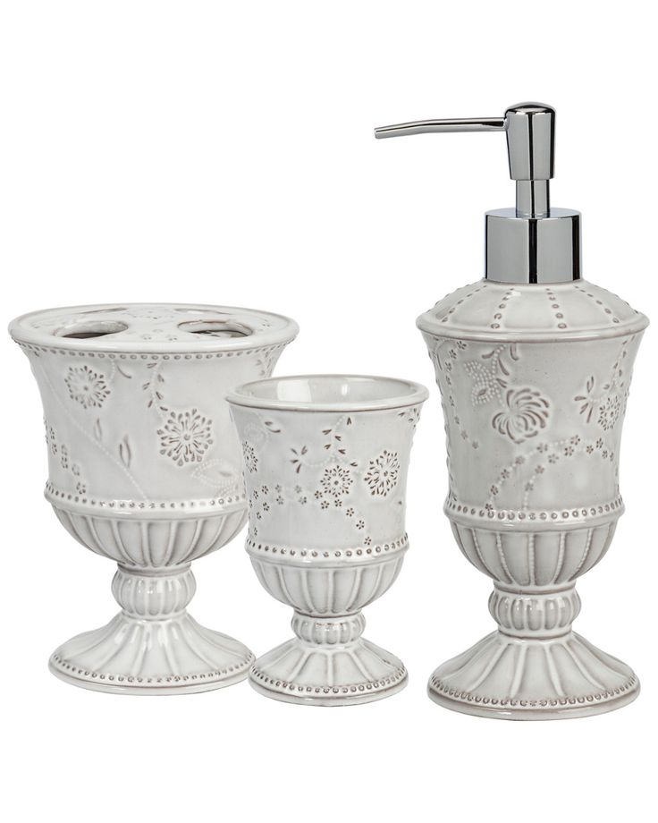 Eyelet 3pc Bath Set is on Rue. Shop it now.