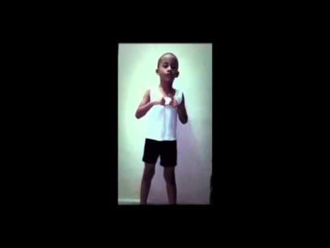 niño de 4 años se save el salmo 23
