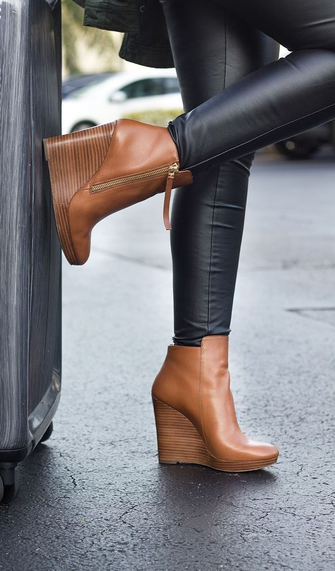 Cognac Michael Kors booties. Shoes trends 2016.