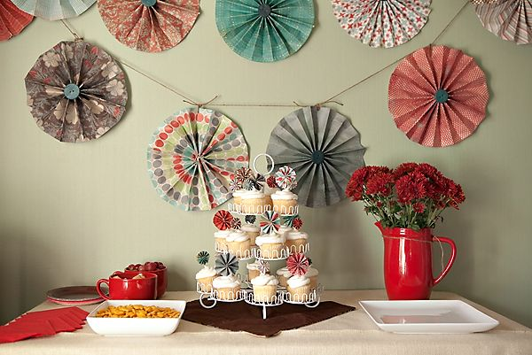 DIY - PINWHEELS BY KELLY PORTNOY