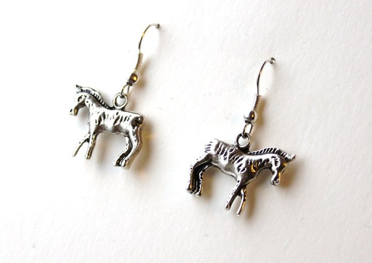 Earrings with foals from Especially for You available on http://en.dawanda.com/shop/Especially-4-You