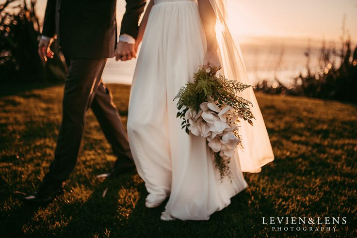 Castaways Resort {Auckland wedding photographers} Jenny and Andrew  http://www.levienphotography.com/blog/2017/5/26/castaways-resort-auckland-wedding-photographers