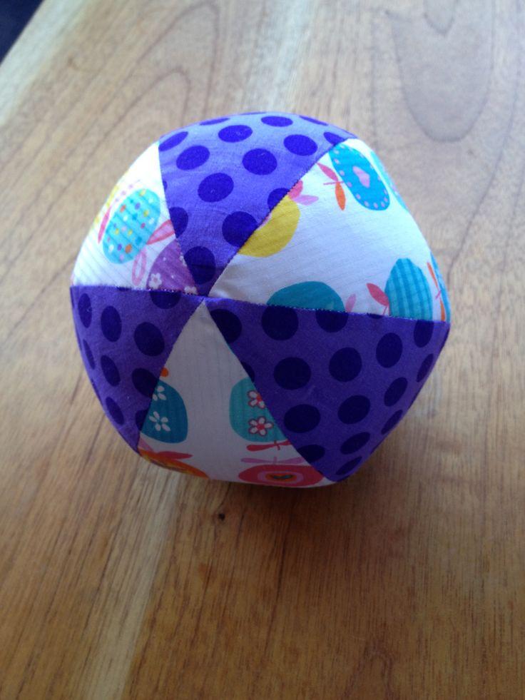 Bolita de retazos / Fabric baby ball