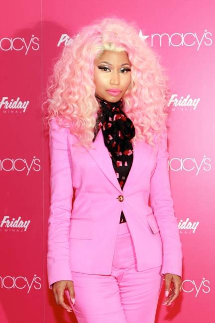 Pink hair, pink suit #nickiminaj