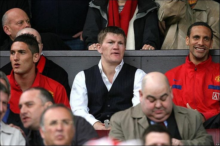 Fedarico Macheda, Ricky Hatton & Rio Ferdinand take in the Manchester Derby at Old Trafford in 2009