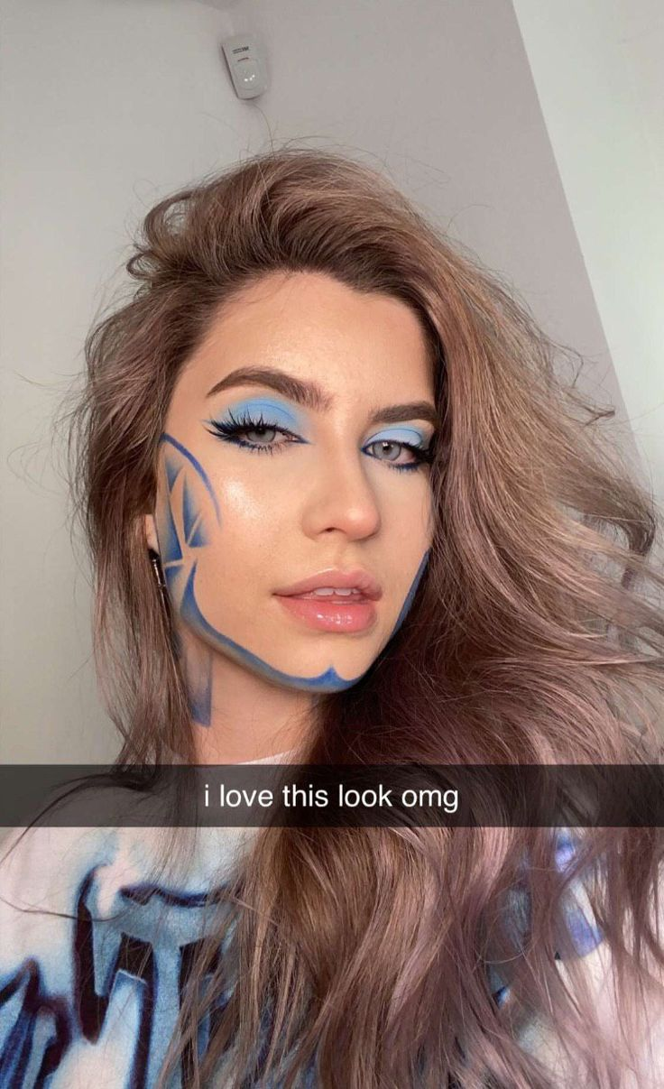 Abby Roberts in 2020 Eye makeup, Long hair styles, Beauty