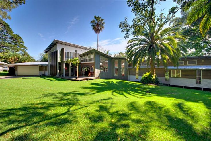 Friday Hut Estate - contemporary spacious hinterland home photograph