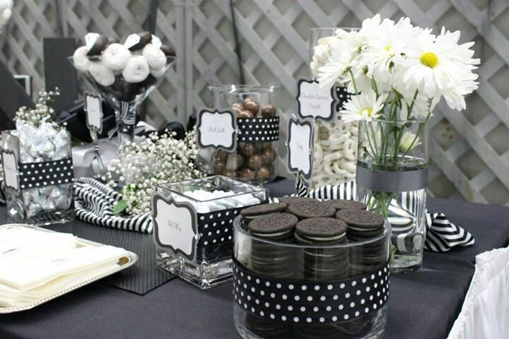1000 ideas about black party on pinterest black party decorations white parties and wedding cups. Black Bedroom Furniture Sets. Home Design Ideas