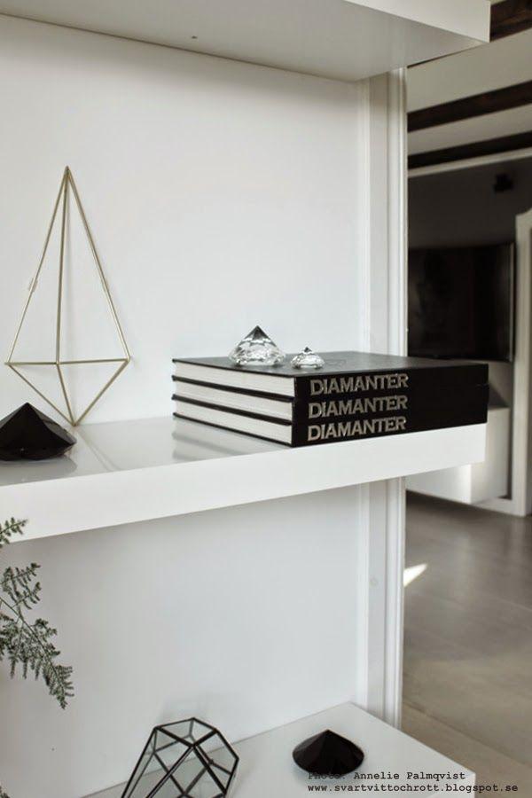 diamant, diamanter, inredningsdetaljer, detalj, detaljer, konsttryck, tavla diamant, tavlor, svartvitt, svartvita, svart och vitt, poster med diamanter, diamantbok, böcker, vitt, vita, svart, svarta