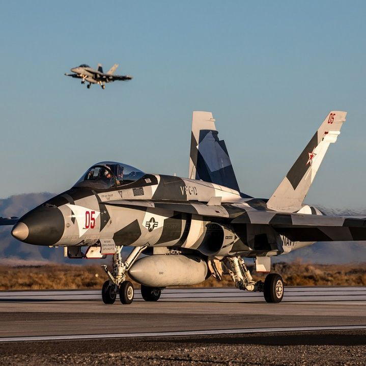 """""""Ready to Depart"""", F/A-18A+ AF-05, VFC-12, Fighting Omars, US Navy www.frontlineaviation.co.uk"""