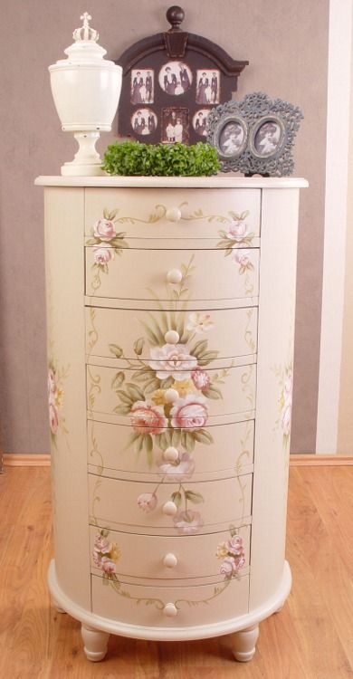 765 best painted furniture images on pinterest painted - Decoracion estilo shabby chic ...