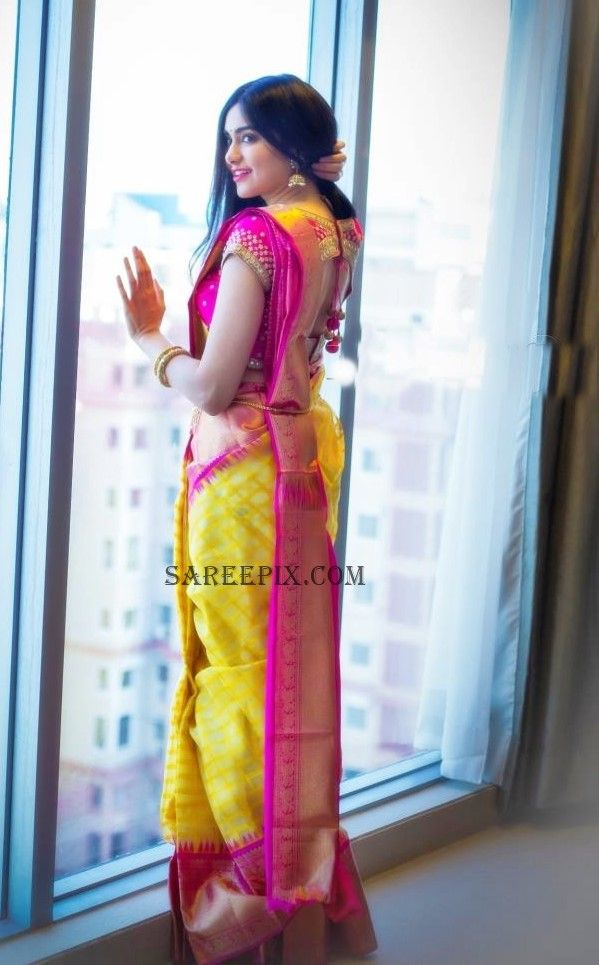 adah-sharma-back-latest-silk-saree-photo