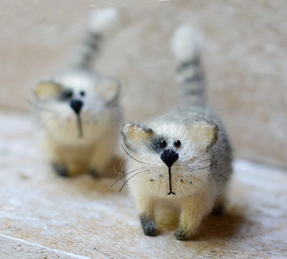 Hand Knit Cat Home Decoration Сream Home Decor от OlgaMareeva