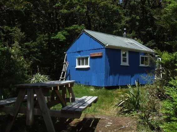 Blue Range Hut. Tararua Forest Park. Photo: Don Herron. #dochuts