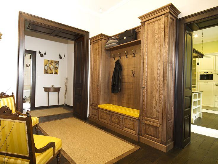 Kőrisfa előszoba bútor