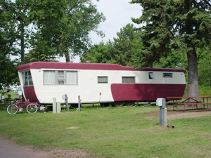 Vintage 1947 Pacemaker Mobile Home
