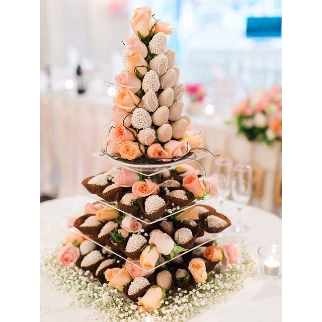 @weareorigamiphotography x #strawberriesandco_ #strawberries #love #centrepiece #roses #chocolate #rustic #vintage #original #bride #groom #smile #wedding #pearls #food #instafood #fun #pretty #foodie #edibleart #foodblogger #wedding #bridal #groom #sydneystyle