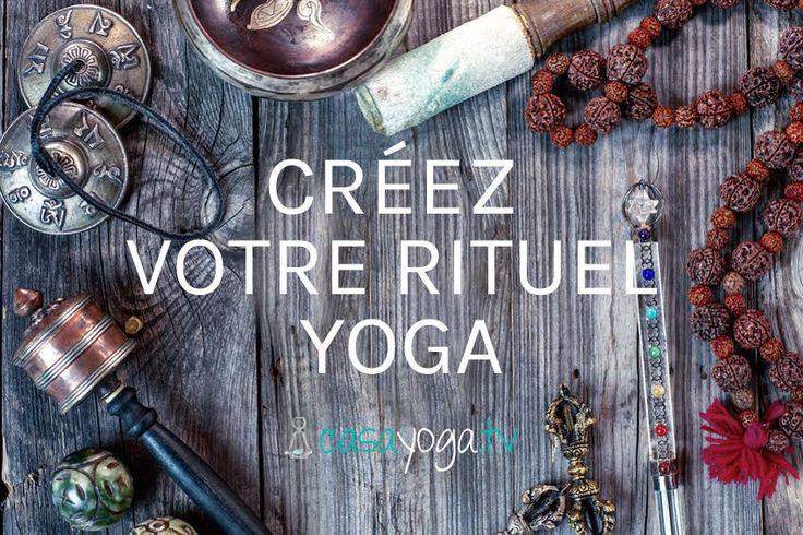 Savez-vous que le rituel du yoga ça n'est pas forcément enchaîner des salutations au soleil et des guerriers ? Postures, pranayama, méditation, philosophie, hygiène de vie,… La portée du yoga va bien au-delà du tapis pour toucher chaque instant de notre vie. Nos pensées, nos relations, ce que l'on mange ou encore la qualité de notre sommeil peuvent...