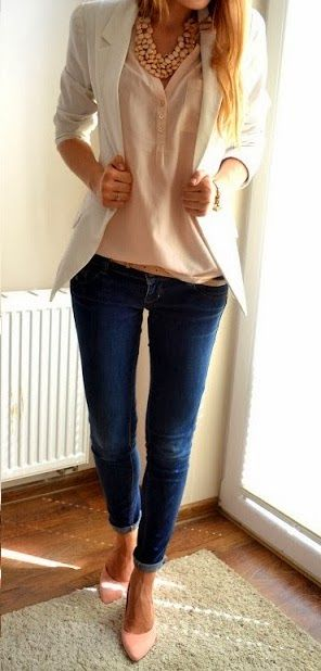 Blush pink blouse, under a white blazer, paired with some skinny jeans, a skinny belt and blush pink heels. Cute ensemble!