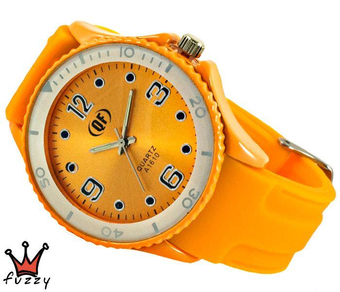 Γυναικείο ρολόι, με κάσα σε πορτοκαλί/λευκό και περλέ εσωτερικό καντράν.  Λουράκι σε πορτοκαλί φωσφοριζέ, από σιλικόνη. Διάμετρος καντράν 40 mm