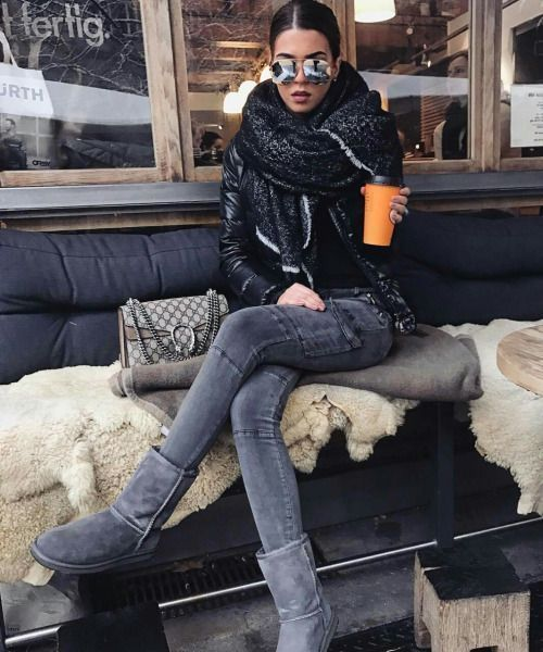 Chic winter outfit with winter scarf and gucci bag. #mode #fashionblogge – winter fashion –  – #winteroutfits