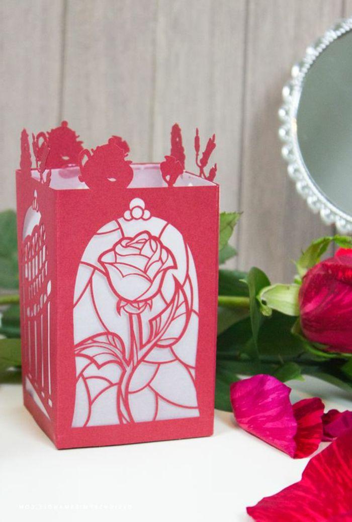 Laterne Selber Basteln Rosen Blumen Spiegel Rotes Papier Papierlaterne Laternen Basteln Basteln Selber Basteln
