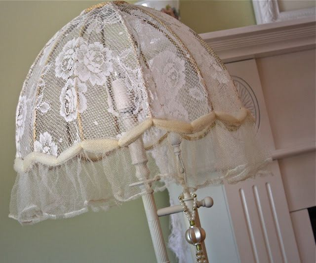 Covering an antique lamp shade with lace