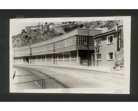 Escuela Industrial de Valparaíso    a. 1940        Pool Fotográfico Zig-Zag                                   M.H.N.