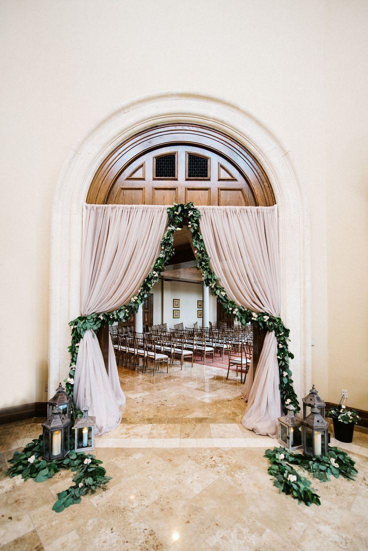 45+ Amazing Wedding Entrance Decoration For Perfect Wedding Party