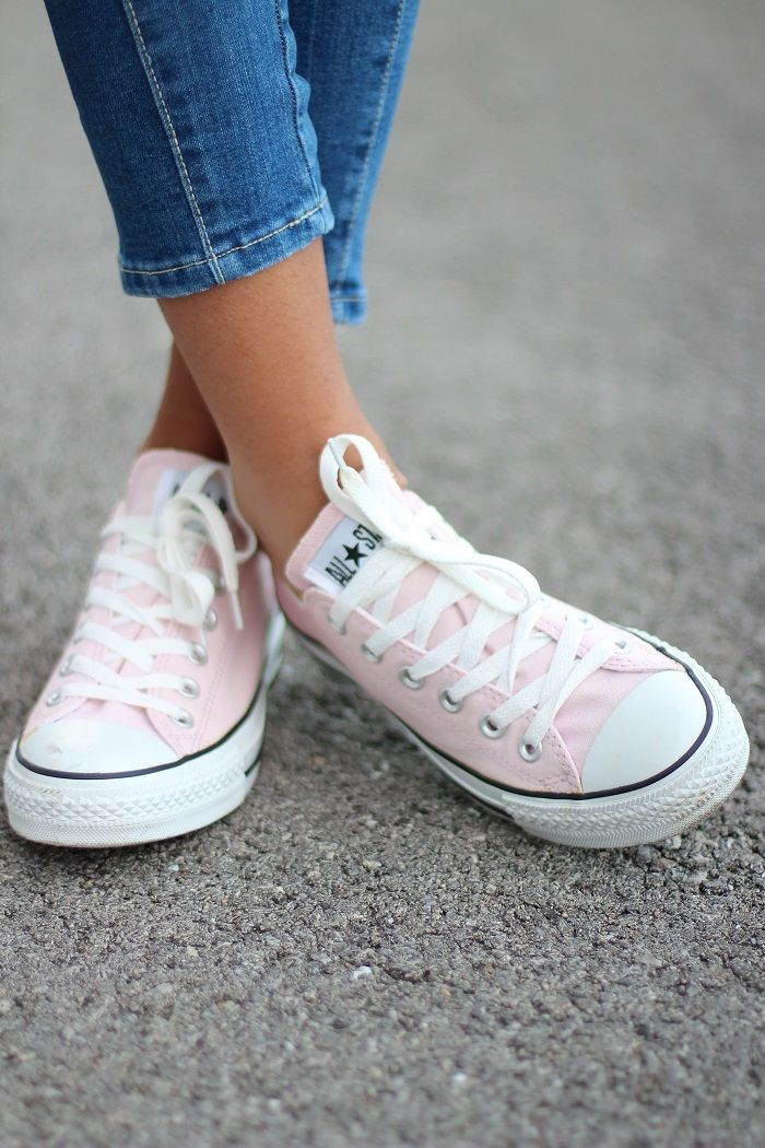 25 best ideas about converse rose pale on pinterest. Black Bedroom Furniture Sets. Home Design Ideas