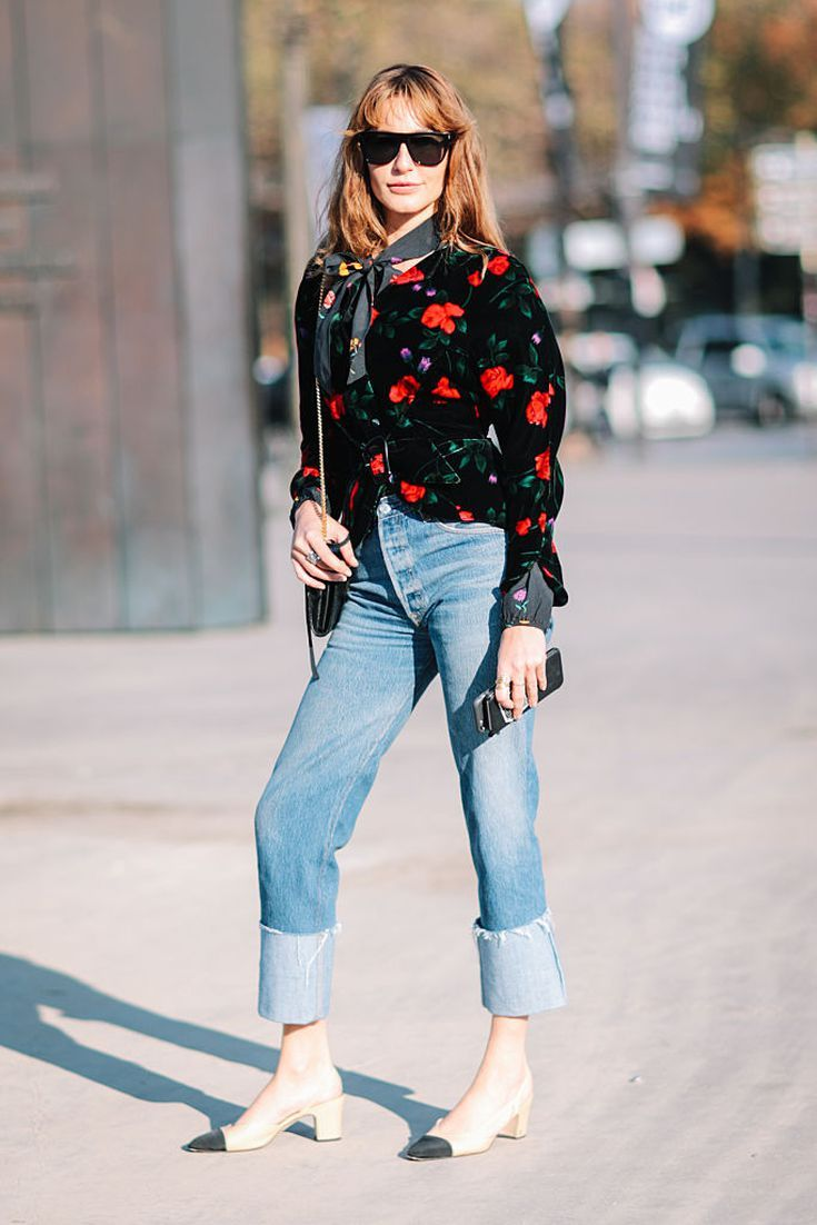 8c96fe30384 20 Different Ways to Wear Every Pair of Jeans in Your Closet This Winter   Boyfriend Jeans