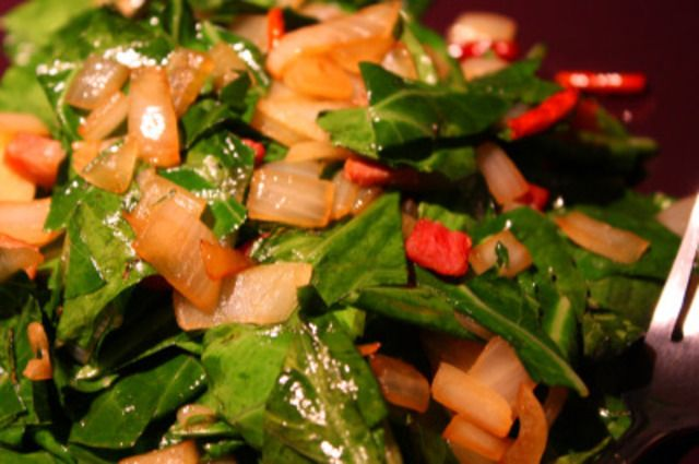 Simple Cooking - Sauteed Collard Greens with Bacon and Onions