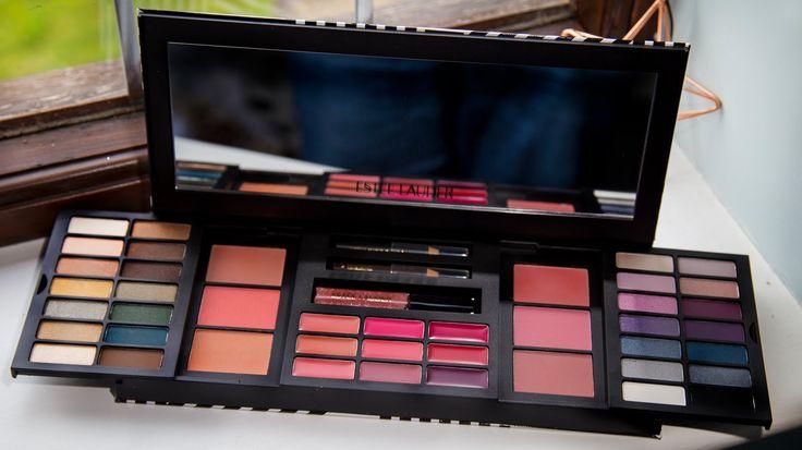 Estée Lauder Colour Portfolio gift set - eyeshadow, lips, cheeks, eyes