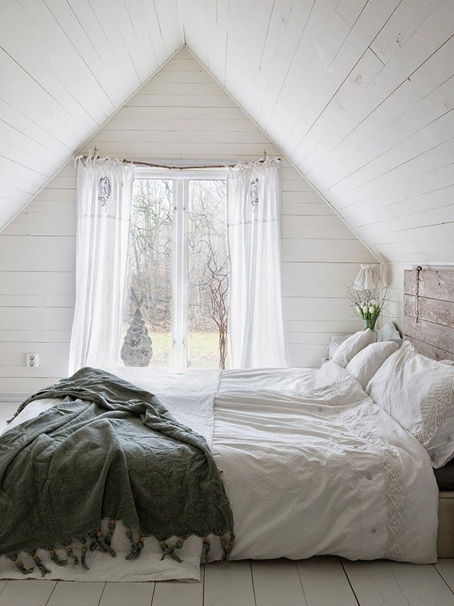 This is the white cotton IKEA duvet set. The best ever made and I believe is still avail. We've had 2 sets for over 10 years and they're still gorgeous.