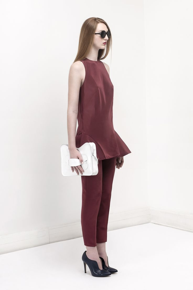 dry blood red Crepe-de-chine top and pants