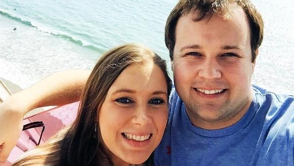"""Duggar Family Reportedly Focusing on """"Faith and Each Other"""" Amidst Scandal"""