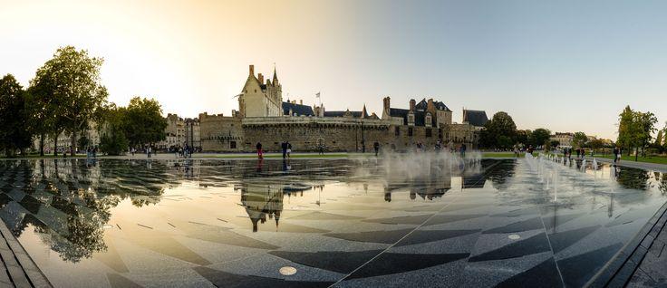 Le miroir d'eau, Nantes, France Panorama