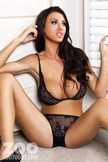 Alice Goodwin hot & sexy! Calendars of sexy models at sexy-calendars.com