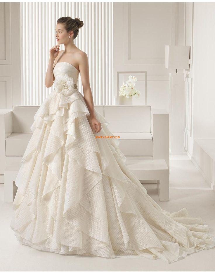 Salle intérieure Robes de mariées avec boléros Classique & Intemporel Robes  de mariée 2015