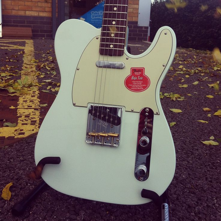 #TeleTuesday A little bit of sonic blue calm before the storm with this Fender UK & ROI Classic Player Baja '60s Telecaster. Custom shop designed and finished in this gorgeous vintage shade of blue, this Fender Telecaster is a pure beauty! Try it out in the shop or buy online with free next day delivery...http://www.guitarbitz.com/guitars-c48/electric-guitars-c57/fender-classic-player-baja-60s-telecaster-electric-guitar-faded-sonic-blue-p2522 #telecaster #fender #fendertelecaster #electric