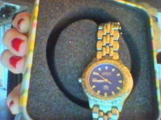 Fossil Blue Watch - 50 meters - Ladies. Free shipping and guaranteed authenticity on Fossil Blue Watch - 50 meters - Ladies at Tradesy. Stylish…