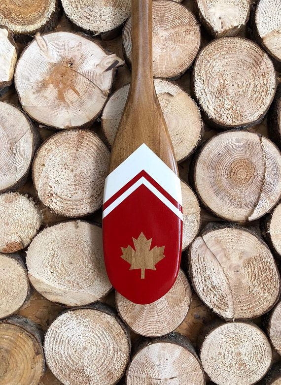 This Painted Canoe Paddle Was Made And Painted By Hand In The Gaspesie Quebec Canada Each And Every Desi Canoe Paddle Decor Painted Paddles Canoe Paddle Art