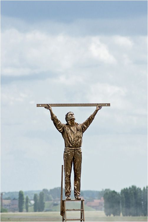 """""""The man who measures the clouds"""" by Jan Fabre (Brussels airport)"""