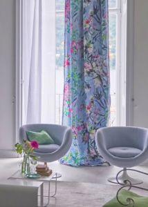 designers-guild-collectie-behang-kussens-gordijnen-bloemen-flora-plaids-kleur-op-kleur-interieur-2017-500x700-5