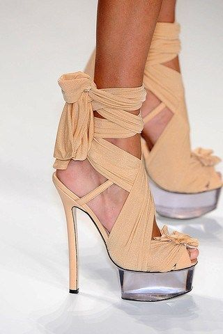 OMG...so lovely!! Versace Shoes http://rover.ebay.com/rover/1/710 ...