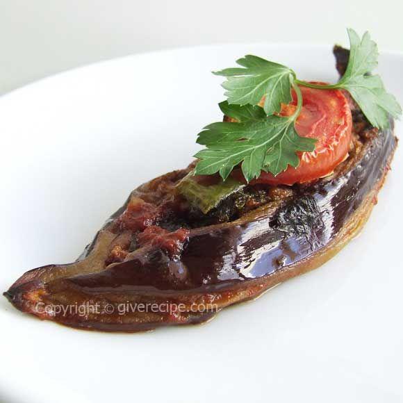 KARNIYARIK - Roasted eggplant stuffed with ground beef | giverecipe.com | #eggplant #groundbeef #turkish