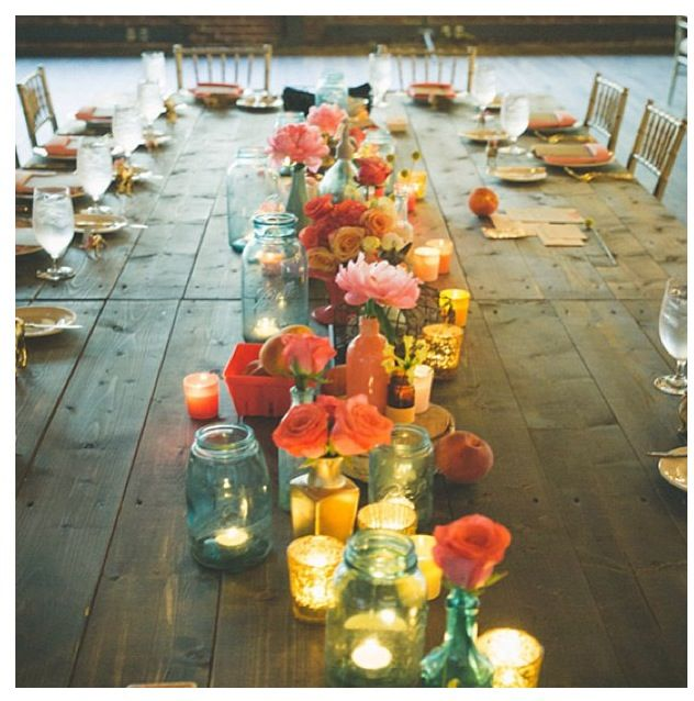 Pretty table setting   Roper-Powell-Roper Family Gatherings...esp as the next generation grows...