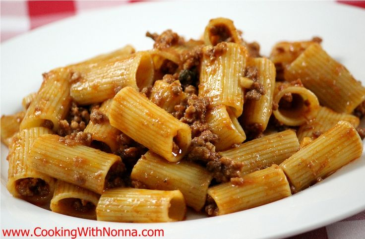 Rigatoni alla Papino or... Rigatoni with Meat Sauce! - See more at: http://www.cookingwithnonna.com/italian-cuisine/rigatoni-alla-papino.html#sthash.eMMDkjyt.dpuf