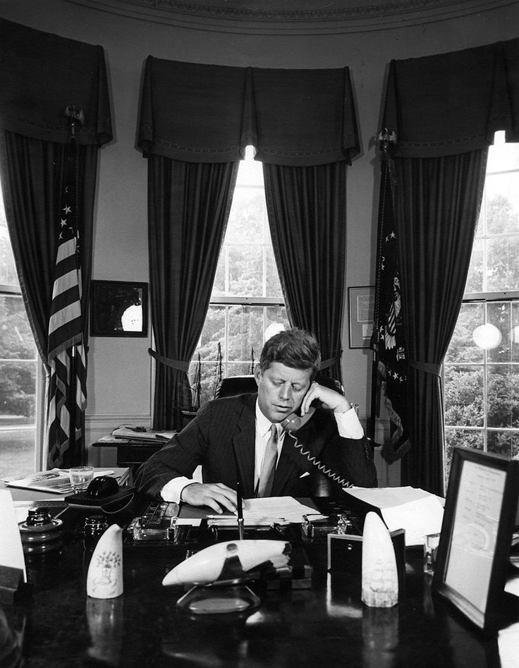 17 best images about jfk39s oval office on pinterest jfk for Jfk in oval office